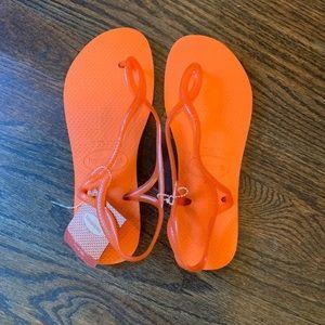 Havainas NEW orange Luna flip flop sandals sz 7 8